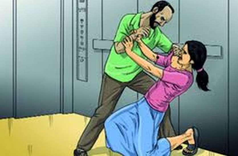 Noida में एकतरफा प्यार में पागल युवक ने युवती पर चाकू किए ताबड़तोड़ वार, हालत गंभीर