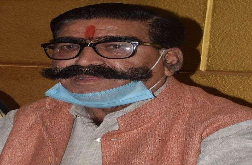 भाजपा के प्रति निष्ठा व जनता के प्रति समर्पित कार्यकर्ता को बनाया जाएगा उम्मीदवार- आहूजा
