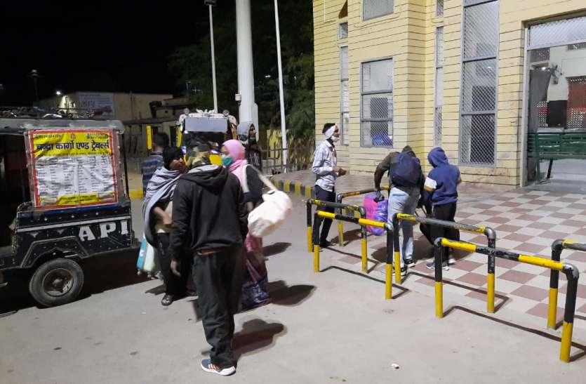 Nagaur patrika news.रेलवे स्टेशन से अहिंसा सर्किल का किराया 50 रुपए