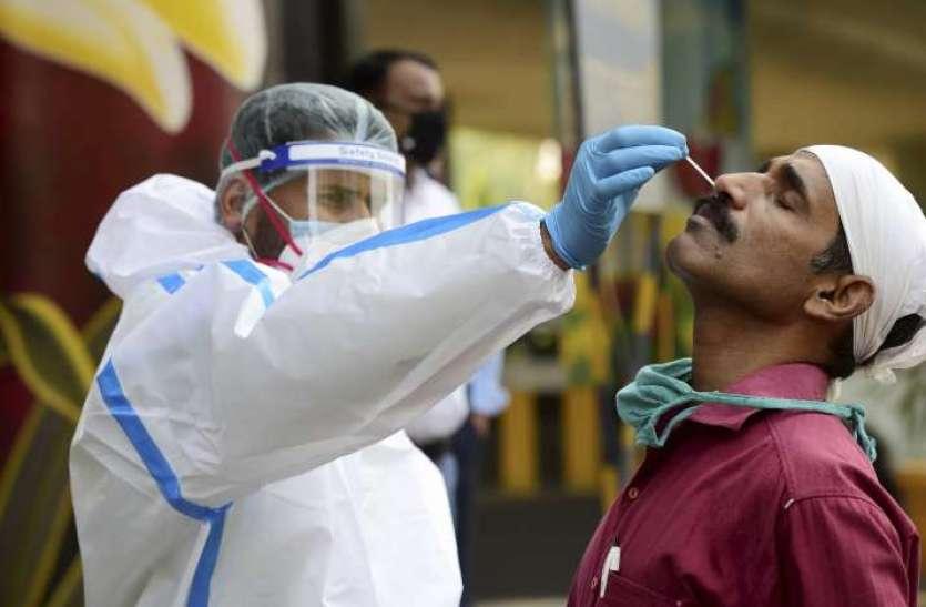 Coronavirus: दिल्ली में 24 घंटों के अंदर 5,879 नए मामले सामने आए