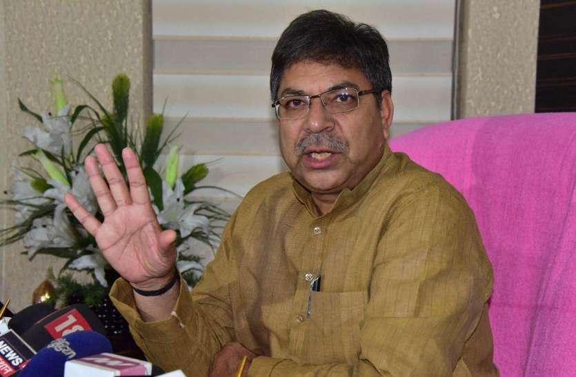 कोरोना संक्रमण में मुख्यमंत्री ने प्रदेश की जनता को भगवान भरोसे छोड़ा-पूनियां