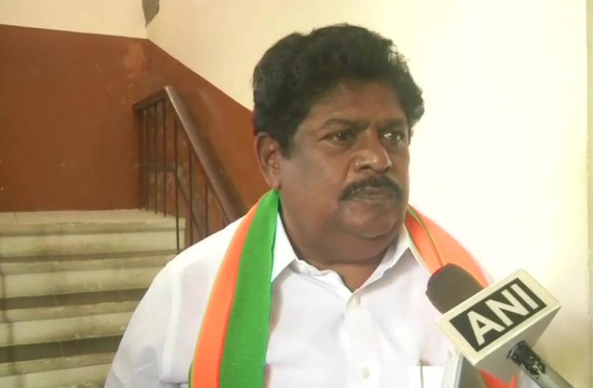 Tamilnadu  : निलंबित डीएमके नेता रामलिंगम ने थामा बीजेपी का हाथ, एमके अलागिरी के भाई को लाने की करूंगा कोशिश