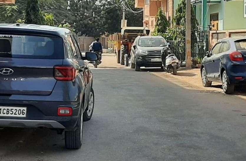 झूठे शपथ पत्र देकर वाहन पंजीयन करवा रहे मालिक, घरों के बाहर खड़े कर रहे वाहन