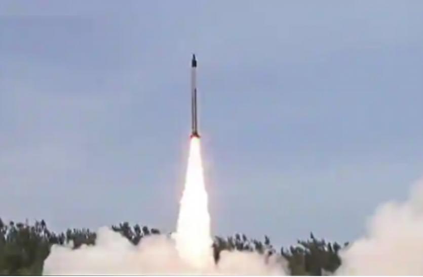 सुपरसोनिक क्रूज मिसाइल ब्रह्मोस का परीक्षण सफल, लक्ष्य पर साधा सटीक निशाना