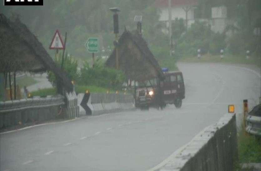 निवार के कारण कांचीपुरम में भारी बारिश, आज इन शहरों के तटों पर धारा 144