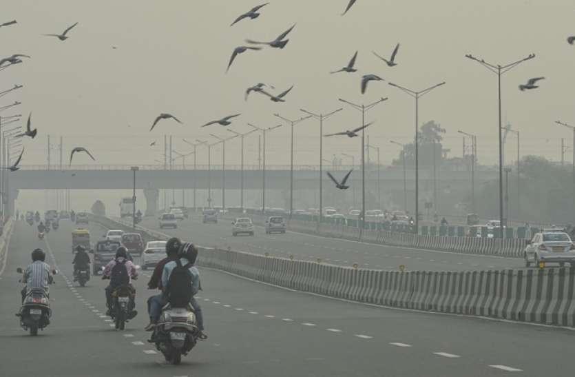 Air Pollution: दिल्ली-एनसीआर में लगातार बिगड़ रही हवा की गुणवत्ता, कई इलाकों में 400 पार पहुंचा AQI