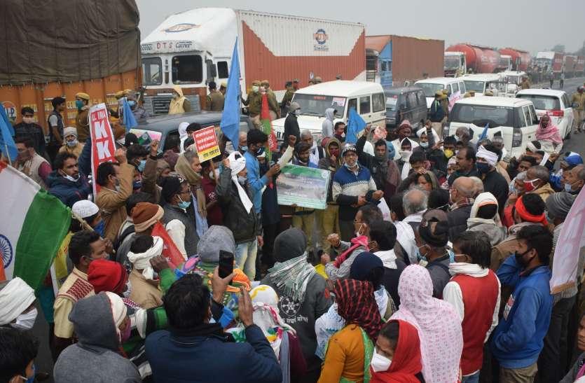 आगरा-मुम्बई राष्ट्रीय राजमार्ग-3 जाम, किसानों के काफिले को यूपी में प्रवेश से रोका