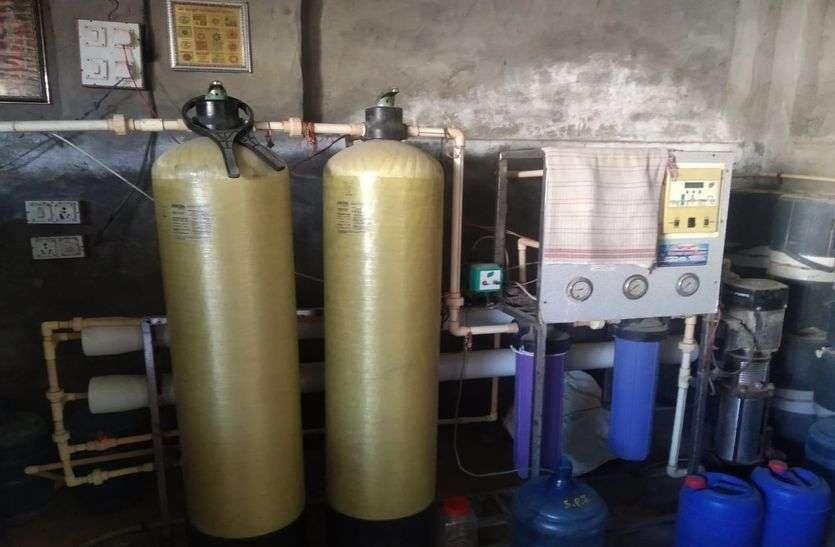 कोरोना इफेक्ट: बोतलबंद पानी से जुड़े उद्योग की टूटी कमर