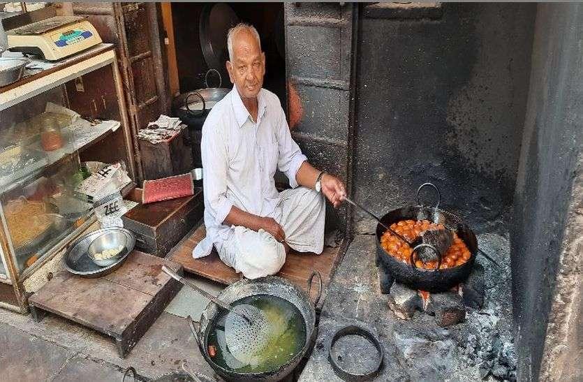 देश भर में फैली है नैनवां के मावे के पेठे की मिठास