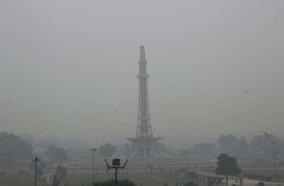 US Air Quality Index: दुनिया का दूसरा सबसे प्रदूषित शहर दिल्ली, पहले नंबर पर लाहौर
