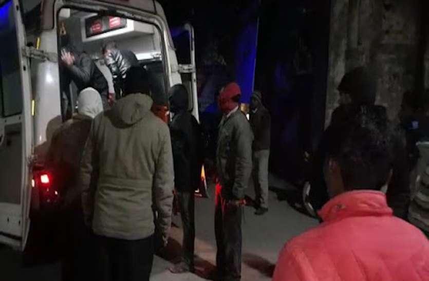 कुशीनगर में बड़ा हादसा, मजदूरों को ले जा रहे ऑटो की ट्रैक्टर से भिड़ंत, चार की मौत, घायलों की चीख पुकार से सहमे लोग