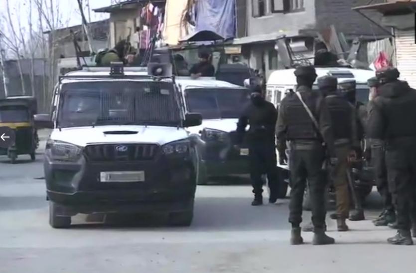 Jammu-Kashmir : श्रीनगर आतंकी हमले में 1 पुलिसकर्मी सहित 2 घायल, सर्च ऑपरेशन जारी