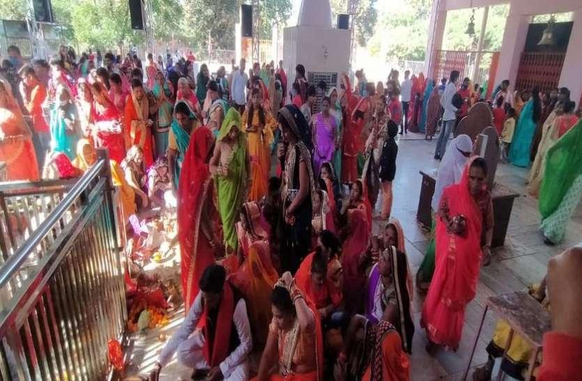 शिवपुरी में कोरोना को आमंत्रण दे रहे लोग, न मास्क, न ही सोशल डिस्टेंसिंग