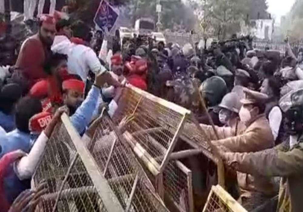 किसान पर घमासान : भाजपा का किसान सम्मेलन, विपक्ष का विरोध प्रदर्शन