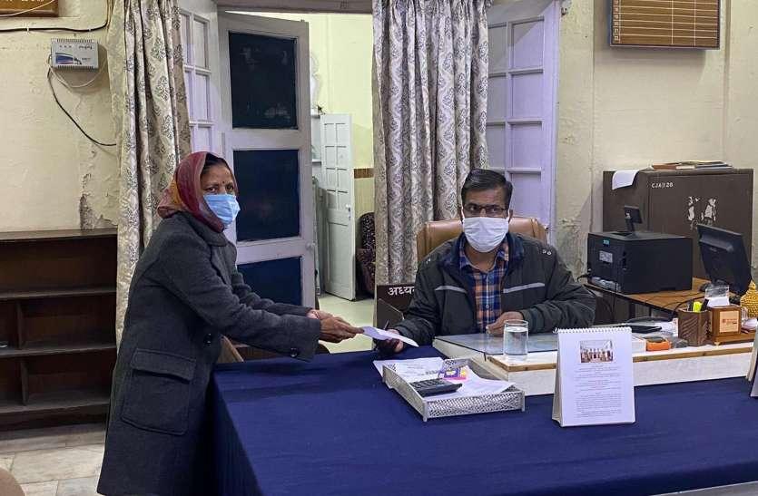 कांग्रेस से रूठी लक्ष्मी ने दिया पार्षद पद से इस्तीफा