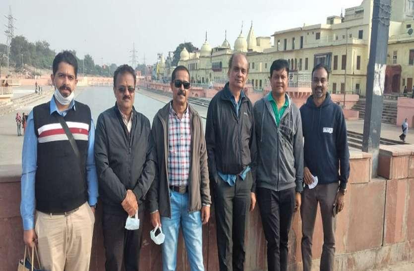 दीपोत्सव के पहले सरयू में उतरेगा क्रूज, अयोध्या पहुंची सर्वे टीम