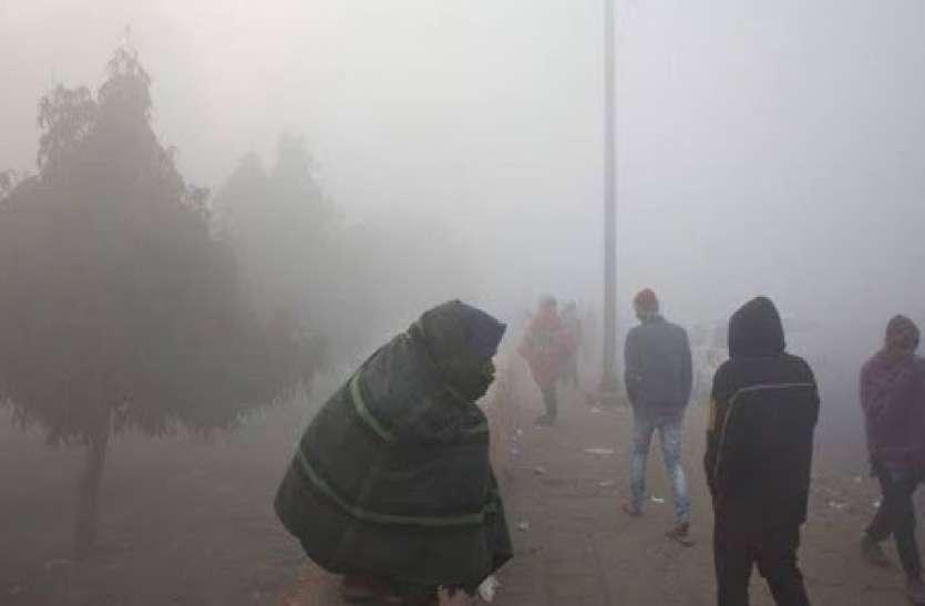 Weather Update: दिल्ली में ठंड ने तोड़ा 10 साल का रिकॉर्ड, शीतलहर की चपेट में देश के कई राज्य