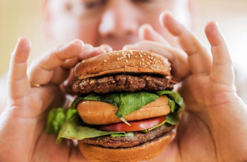 ज्यादा खाओगे तो हो जाओगे बीमार