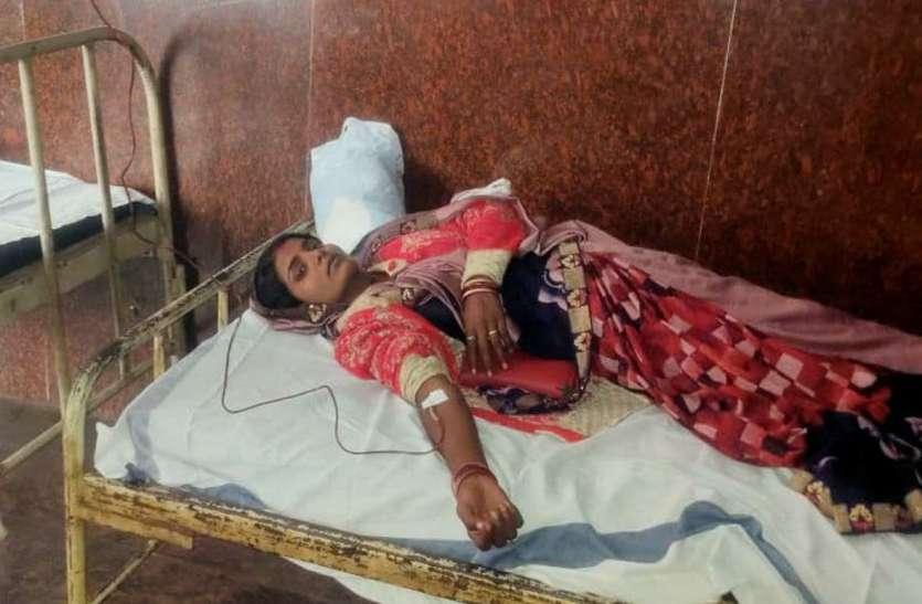 गांव-गांव एनीमिया का दंश, 112 महिलाओं को लगाया आयरन सुक्रोज
