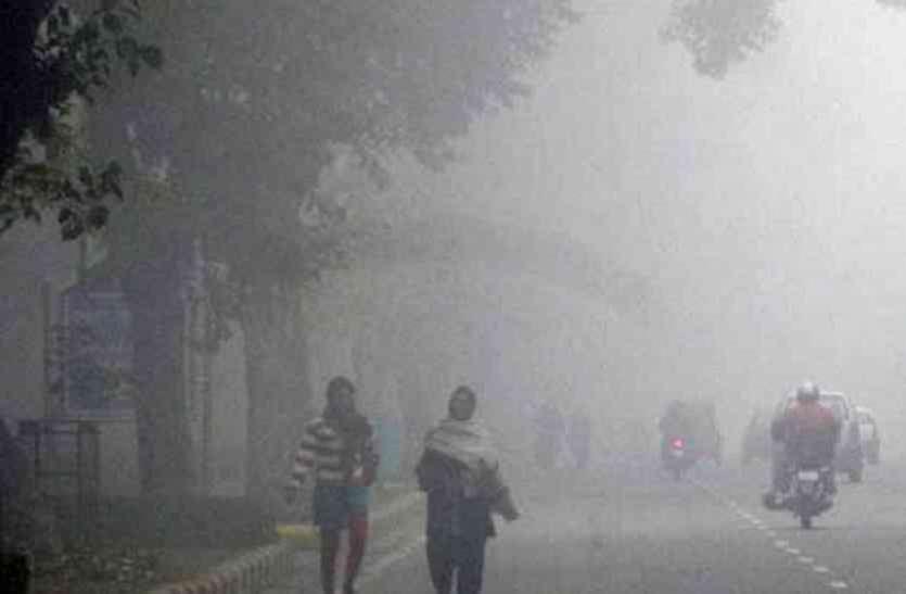 पश्चिम बंगाल में पहले एक डिग्री नीचे गिरा तापमान, बढी ठंड