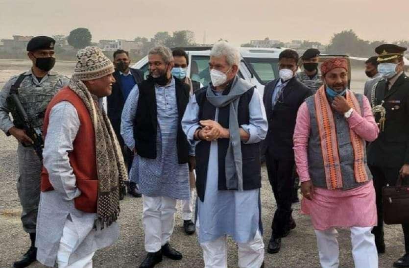 अचानक अयोध्या पहुंच गए जम्मू कश्मीर के राज्यपाल मनोज सिन्हा