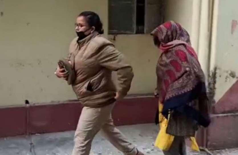 50 से अधिक बच्चों का यौन शोषण करने वाले जूनियर इंजीनियर की पत्नी गिरफ्तार, गवाहों को धमकाने का आरोप