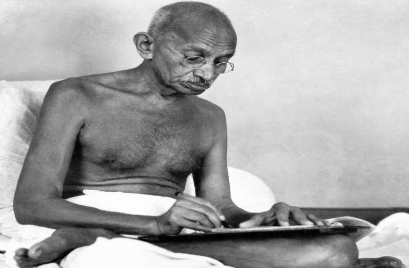 लंदन में नीलाम होगी महात्मा गांधी की कटोरी-चम्मच, राष्ट्रपिता पर रिसर्च करेगा America