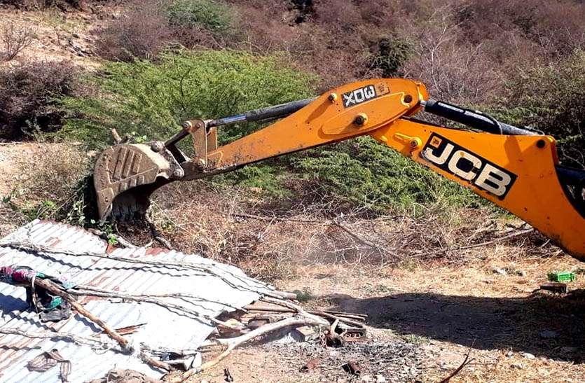 बीसलपुर कन्जर्वेशन रिजर्व वन क्षेत्र से हटाया अतिक्रमण