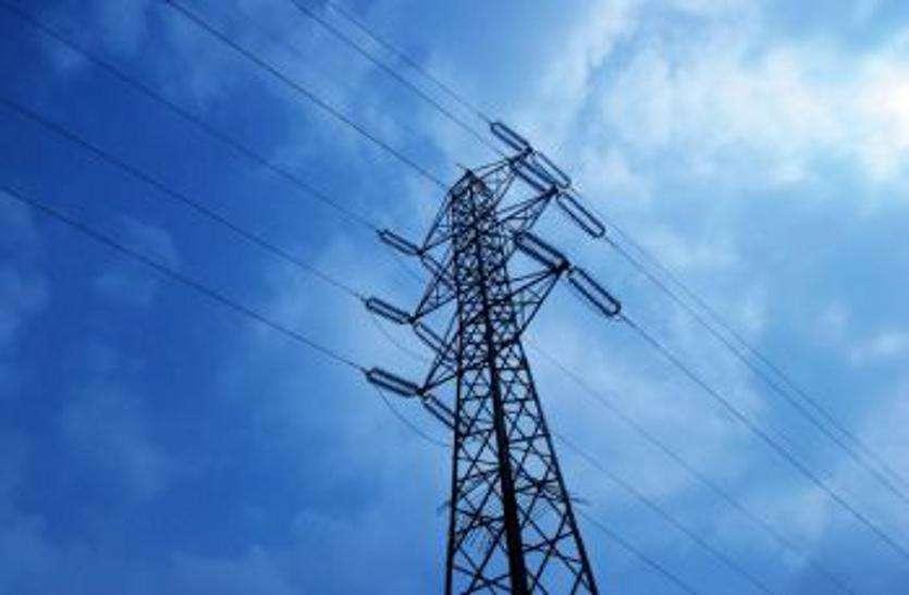 'गुजरात के 30 जिलों और 2409 गांवों के किसानों को मिलेगी दिन में बिजली'