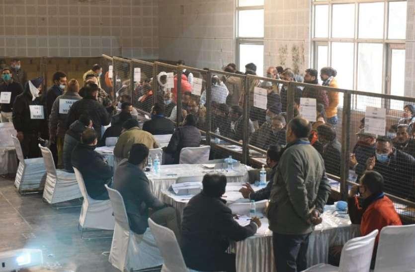 Haryana Municipal Election Result: किसान आंदोलन के बीच बीजेपी को बड़ा झटका, कहीं हारी तो कहीं पिछड़ी