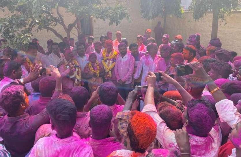 ग्राम पंचायत चुनावों में भाजपा, कांग्रेस ने बड़ी जीत का दावा किया