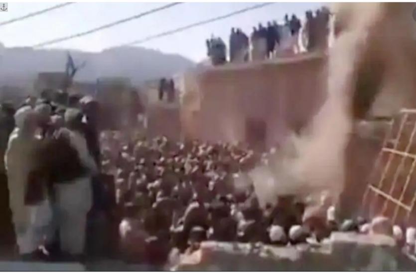 Pakistan: सुप्रीम कोर्ट ने हिन्दू मंदिर ढहाए जाने पर लिया स्वत: संज्ञान, 5 जनवरी को होगी सुनवाई
