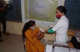 Corona Vaccination Dry Run: COVID-19 वैक्सीन ड्राई रन की देखिए Step by Step तस्वीरें