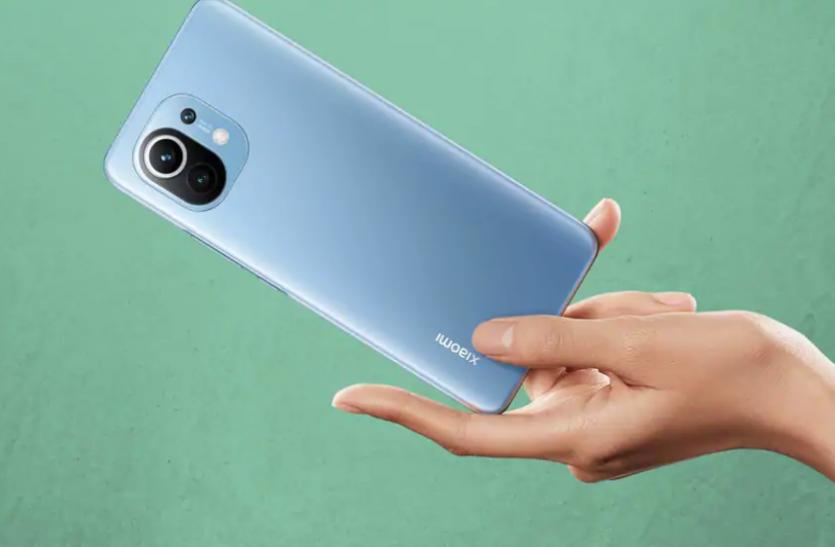 मात्र 5 मिनट में तीन लाख से ज्यादा लोगों ने खरीदा यह स्मार्टफोन, जानें इसके फीचर्स और कीमत