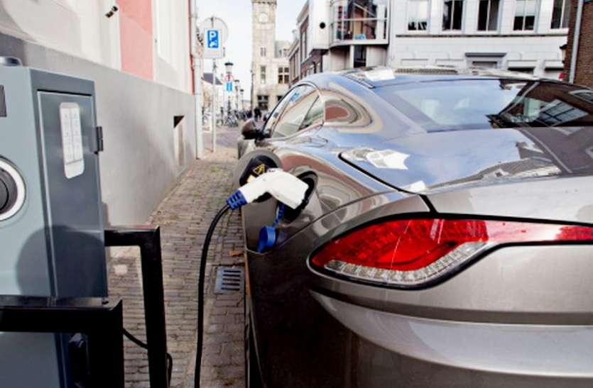 ELECTRIC VEHICLE : 70 फीसदी कम खर्च में दौड़ेंगी इलेक्ट्रिक कारें, 9 सेकंड में 100 की रफ्तार