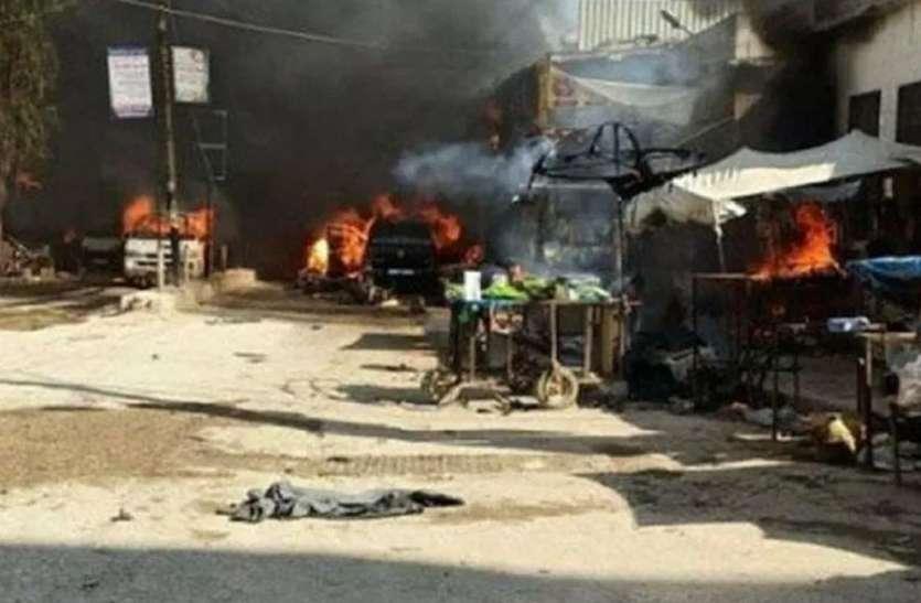 बसों और ट्रकों पर आतंकी हमला, 9 लोगों की मौत, 4 घायल