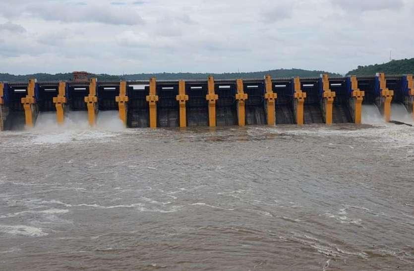 ओंकारेश्वर बांध जलाशय पर बनेगा विश्व का सबसे बड़ा तैरता हुआ सौर उर्जा प्लांट