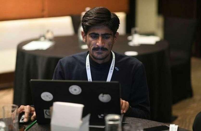 कारपेंटर राजू ने 'की-पैड' फोन से बना दिए विकिपीडिया हिंदी के 1800 पेज
