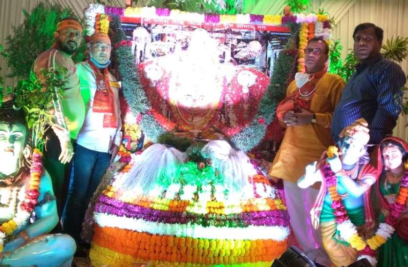aastha : सूरत में सजा रणथंभौर के त्रिनेत्र गणपति का दरबार