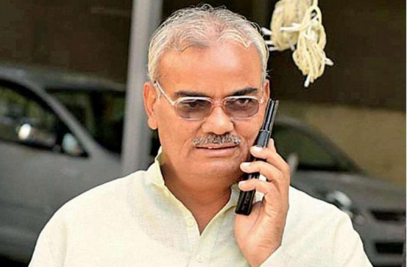 BJP विधायक का विवादित बयान, कहा- चिकन बिरयानी खाकर बर्ड फ्लू फैला रहे आंदोलनकारी किसान