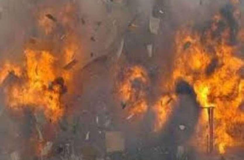 सर्दी से बचने को हीटर लगाया, कंबल में आग से सेवानिवृत्त चालक जिंदा जले