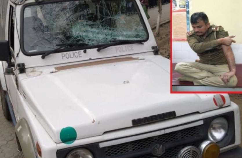 गोकश को पकड़ने गई पुलिस टीम पर हमला, पथराव और फायरिंग मेें कई सिपाही घायल