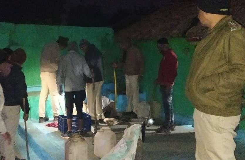 एमपी के इस गांव में बह रहीं शराब की नदियां