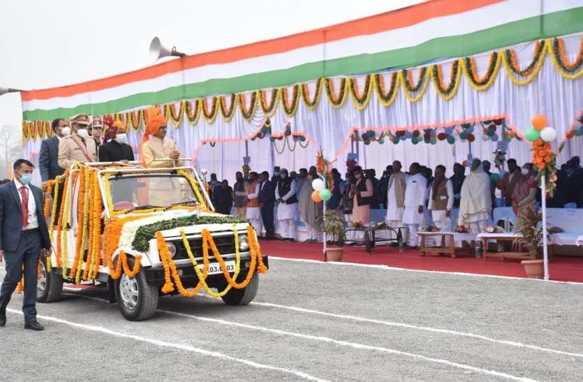 मुख्यमंत्री ने कहा माफियाओं के कब्जे से 8 हजार करोड़ रुपए कीमत की जमीन खाली कराई
