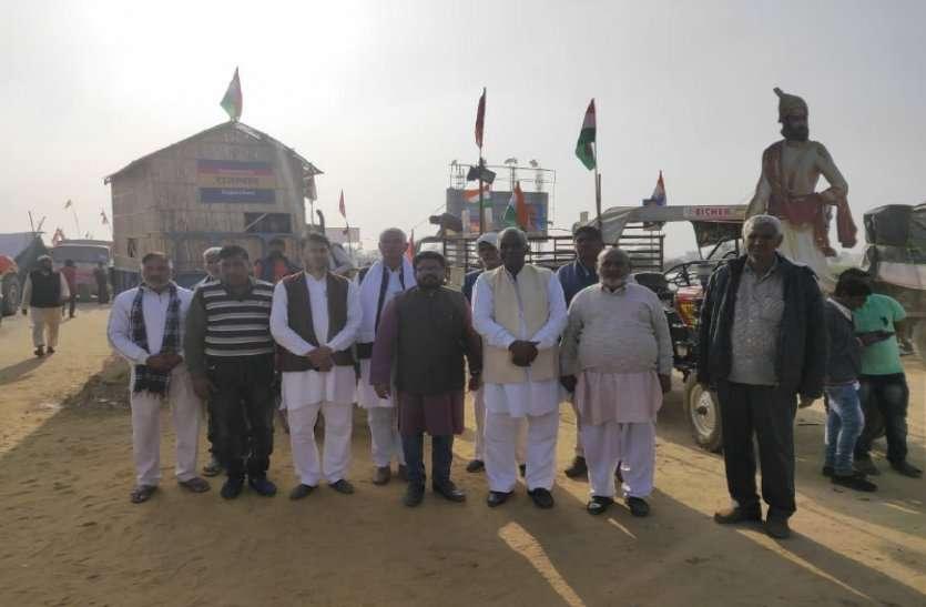 शाहजहांपुर ट्रैक्टर परेड लाइव: 1500 ट्रैक्टर 11 बजे दिल्ली के लिए करेंगे कूच, 21 राज्यों की झांकियां भी होंगी