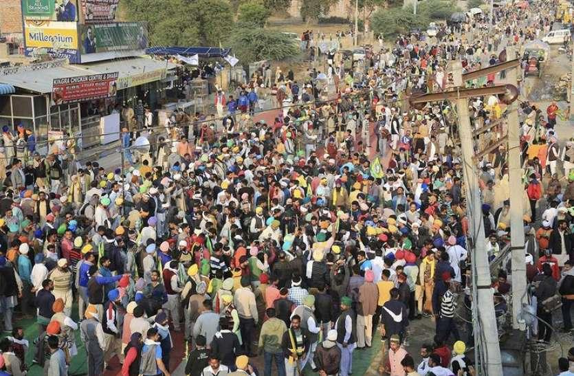 किसानों के प्रदर्शन पर सोशल मीडिया पर निकला गुस्सा, ट्वीटर पर ट्रेंड हुआ 'दिल्ली पुलिस लठ बजाओ'