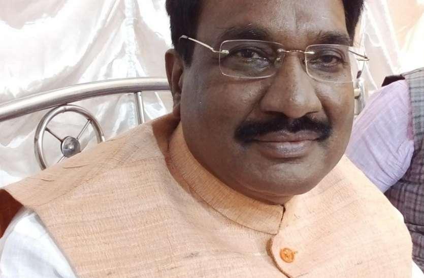 जय श्री राम के उद्घोष पर चिढऩा गलत: डॉ. शास्त्री