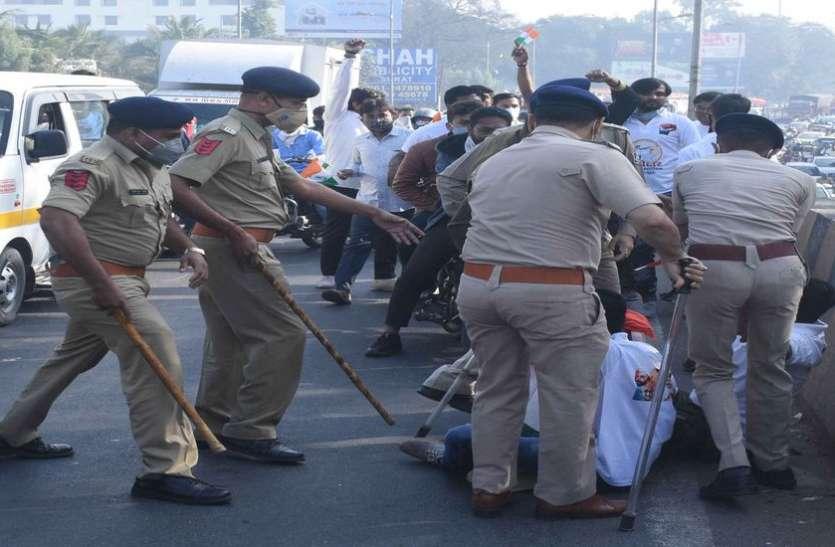 Surat/ मंजूरी बिना तिरंगा यात्रा निकाली, पास समन्वयक कथीरिया समेत 50 के खिलाफ मामला दर्ज