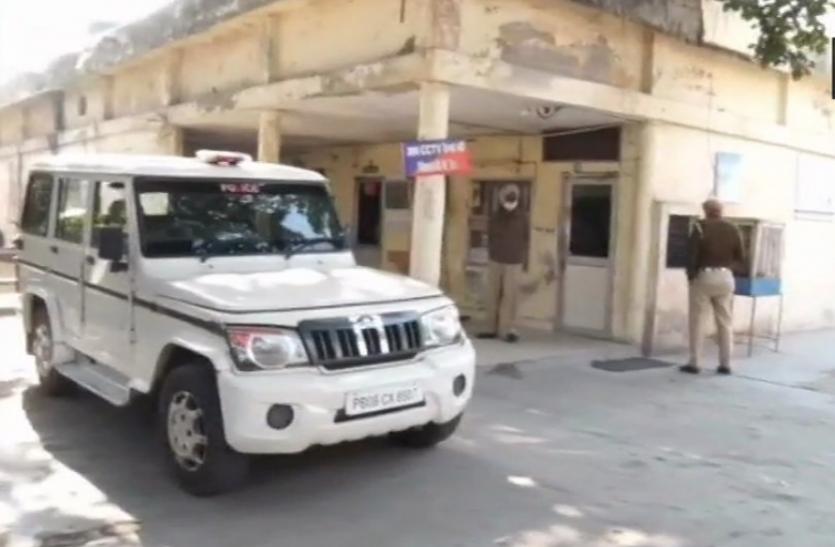 लाल किला हिंसा मामले में दिल्ली पुलिस की टीम पहुंची जालंधर, 2 युवकों की तलाश में मारे छापे