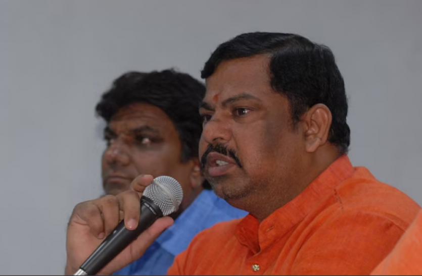Hyderabad : बीजेपी विधायक राजा सिंह को नामपल्ली कोर्ट ने सुनाई 1 साल की सजा